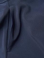 PUMA Golf - PWRSHAPE Solid Woven Skirt - rokjes - navy blazer - 2