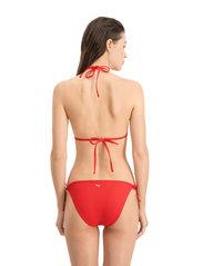 Puma Swim - PUMA SWIM WOMEN TRIANGLE BIKINI TOP - stanik z fiszbinami bikini - red - 3