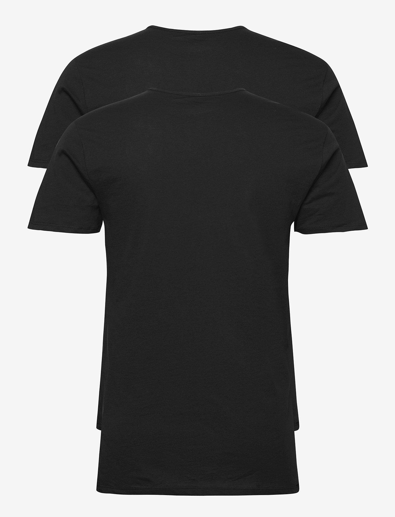 PUMA - PUMA BASIC 2P V-NECK - t-shirts - black - 1