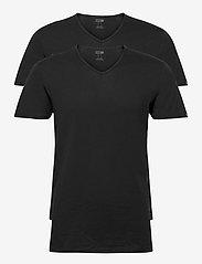 PUMA - PUMA BASIC 2P V-NECK - t-shirts - black - 0