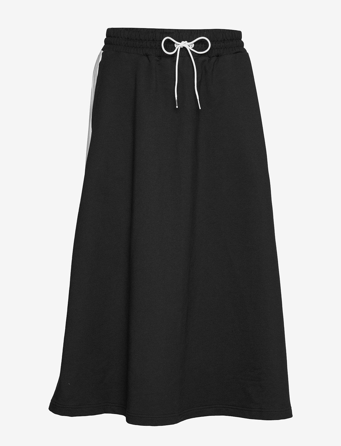 PUMA - Classics Long Skirt - træningsnederdele - puma black - 0
