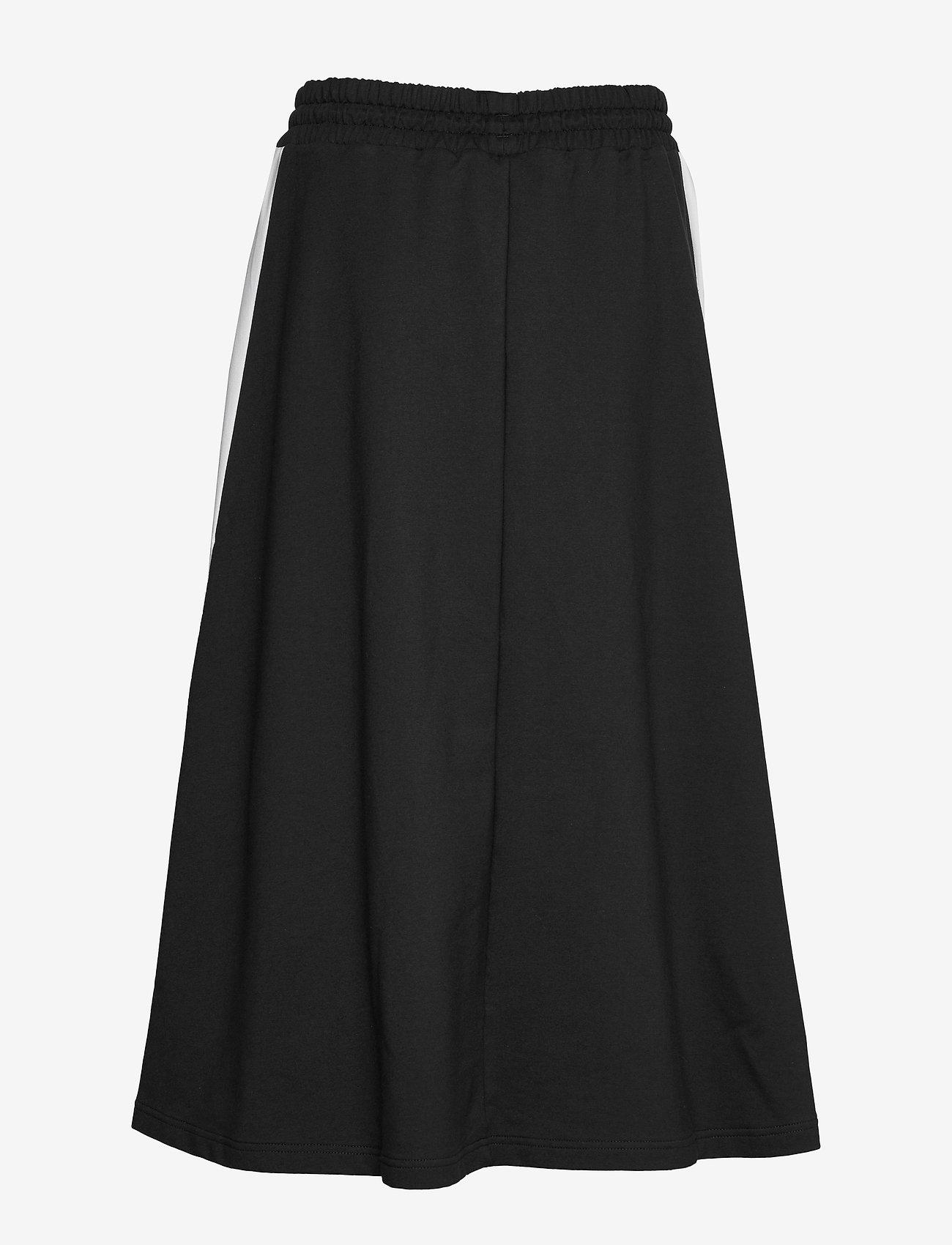 PUMA - Classics Long Skirt - træningsnederdele - puma black - 1