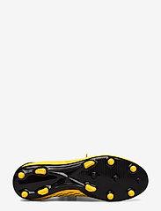 PUMA - FUTURE 5.4 FG/AG - jalkapallokengät - ultra yellow-puma black - 4