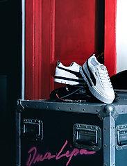 PUMA - Mayze Lth Wn's - baskets épaisses - puma white-puma black - 7