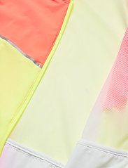 PUMA - Run Lite Woven Ultra Jacket - anorakker - puma white-nrgy peach-fizzy yellow - 4