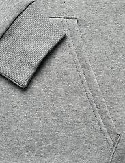 PUMA - ESS Small Logo Hoodie FL - huvtröjor - medium gray heather-cat - 3