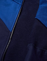 PUMA - Iconic MCS Track Jacket TR B - sweatshirts - peacoat - 4