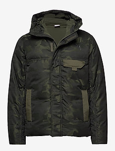 Streetstyle 480 Hooded Camo Down Jacket - dunjackor - forest night