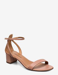 ONEIDA - korolliset sandaalit - kid nude