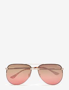 THE PLAYA - pilot - gold / brown pink flash lens