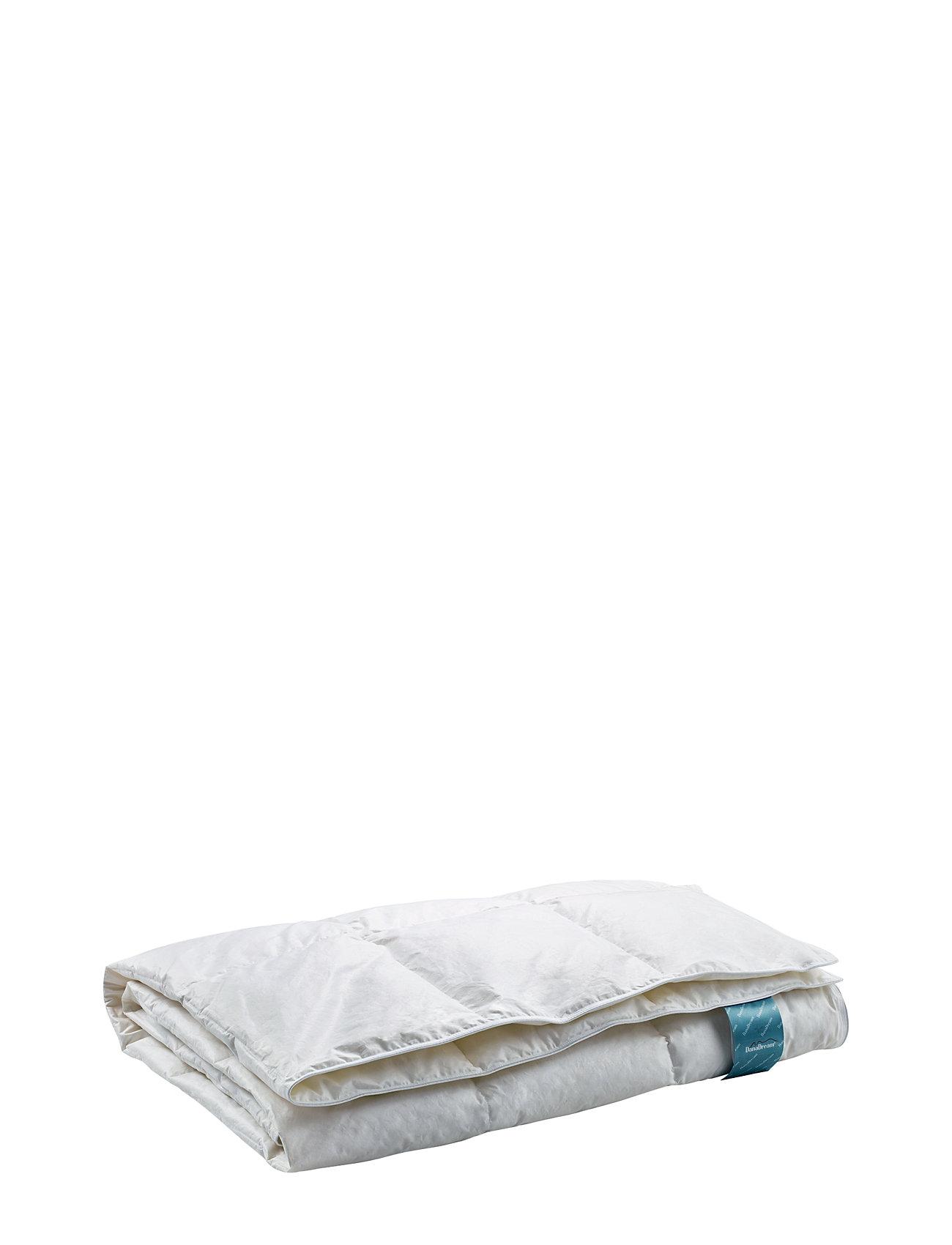 Quilts of Denmark Danadream Classic fluffy duvet - WHITE