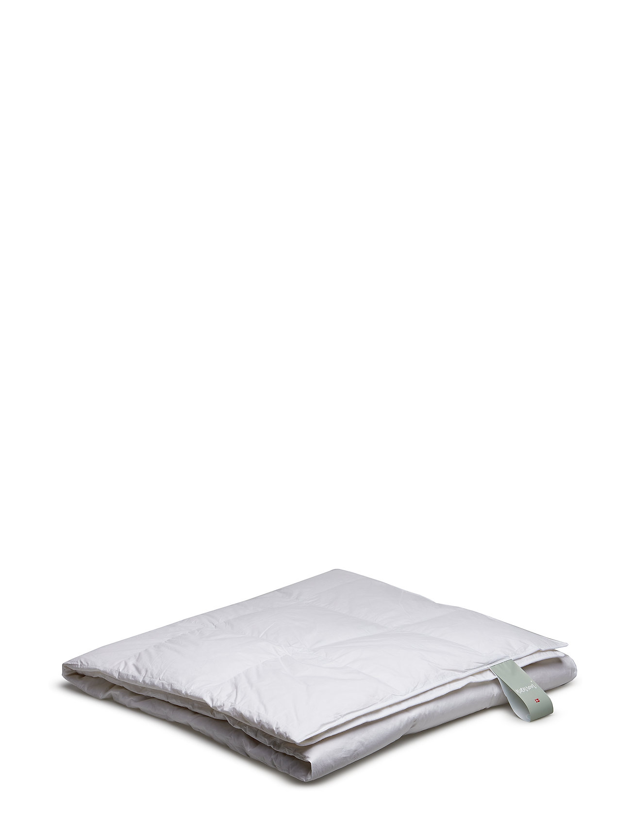 Quilts of Denmark Nænsom Light Down Duvet - WHITE