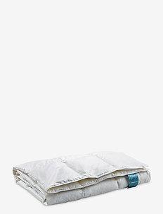 Danadream Classic light duvet - pillows & duvets - white