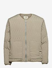 Antton Quilt Jacket - LIGHT MOSS GREEN