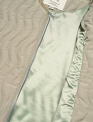R-Collection - Antton Quilt Jacket - gewatteerd jassen - light moss green - 4