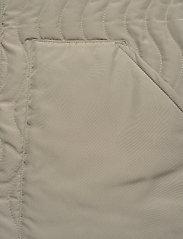 R-Collection - Antton Quilt Vest - gilets sans manches - light moss green - 3