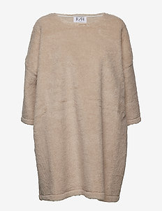 Square Dress - TEDDY WOOL