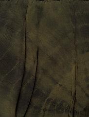 Marianne (Army Combo) (950 kr) Rabens Saloner  