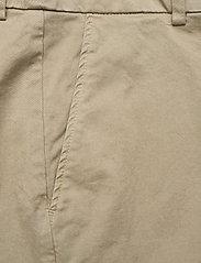 Rabens Saloner - Calina - chino shorts - army - 2