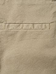 Rabens Saloner - Calina - chino shorts - army - 4