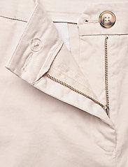 Rabens Saloner - Calina - chino shorts - off white - 3