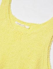 Rabens Saloner - Inka - t-shirt & tops - lemon - 2
