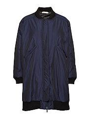 Duo tone coat