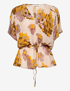 Daryana - short-sleeved blouses - ivory