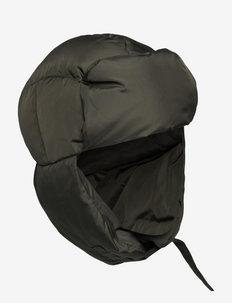 Gry - hatte - dark stone