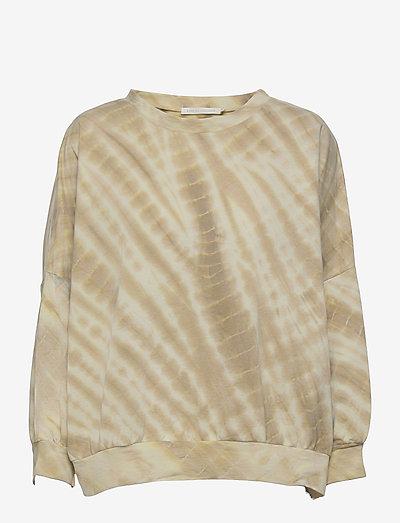 Kia - sweatshirts & hoodies - green combo