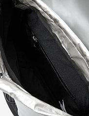 Rains - Drawstring Backpack - rucksäcke - 12 silver - 4