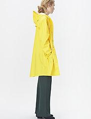 Rains - Long Jacket - regenbekleidung - 04 yellow - 4