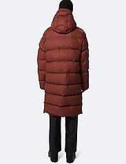 Rains - Long Puffer Jacket - donsjassen - 11 maroon - 4