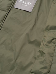 Rains - Trekker Jacket - vestes matelassées - 19 olive - 4