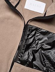 Rains - Fleece Vest - puffer vests - 17 taupe - 2