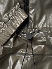 Rains - Ultralight Jumpsuit - manteaux de pluie - 27 shadow olive - 3