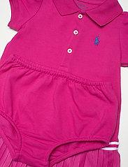 Ralph Lauren Baby - Pleated Polo Dress & Bloomer - kjoler - accent pink - 4
