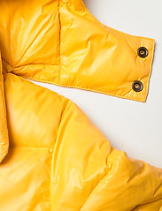 Ralph Lauren Kids - Water-Repellent Down Jacket - puffer & padded - gold bugle - 4