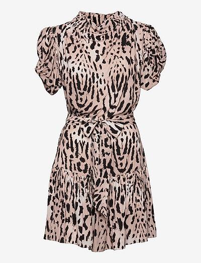LUPE DRESS - cocktail-kjoler - 147 warm leopard