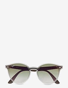 0RB4380NF - okulary przeciwsłoneczne w kształcie litery d - matte trasparent
