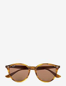 Ray-Ban Sunglasses - STRIPPED RED HAVANA