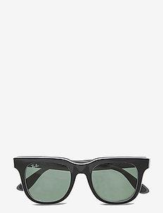 0 - d-shaped - dark green