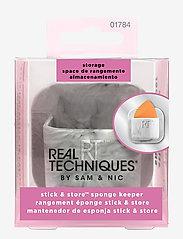 Real Techniques - STICK & STORE SPONGE KEEPER - meikkivälineet - grey - 3