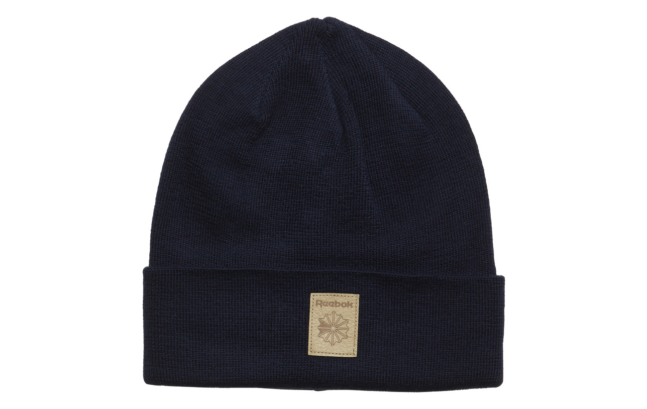 0a50d71d8bc Cl Fo Beanie (Conavy excred) (20.96 €) - Reebok Classics ...