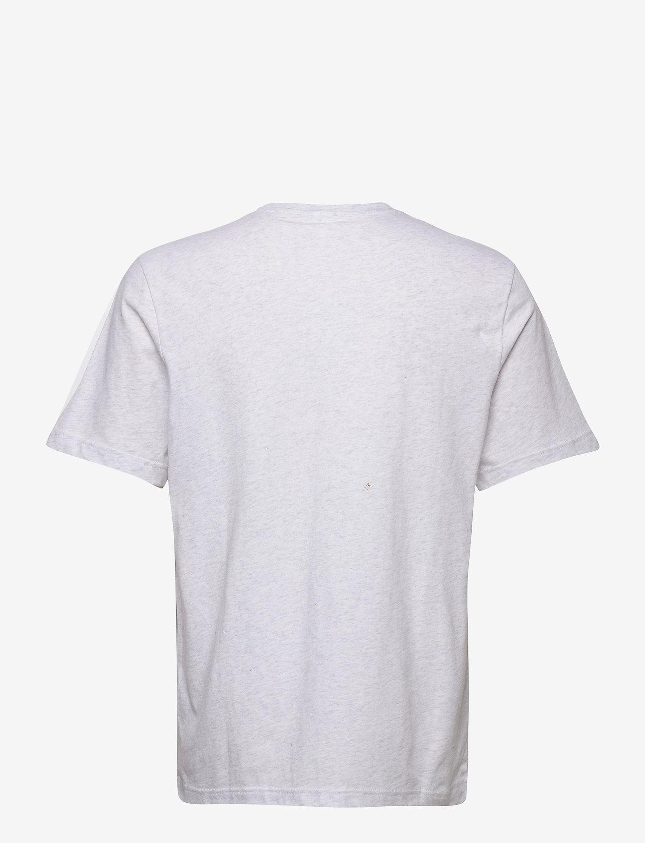 Reebok Classics CL F VECTOR TEE - T-skjorter WHTMEL - Menn Klær