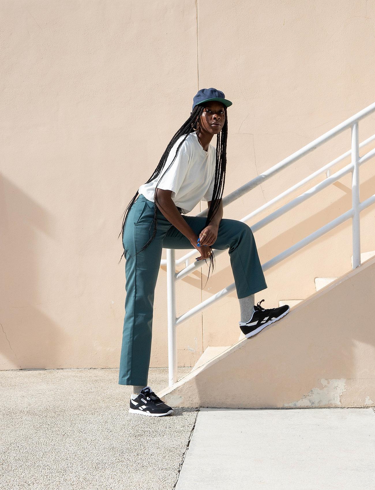Reebok Classics - Classic Nylon W - sneakers - black/white/none - 0