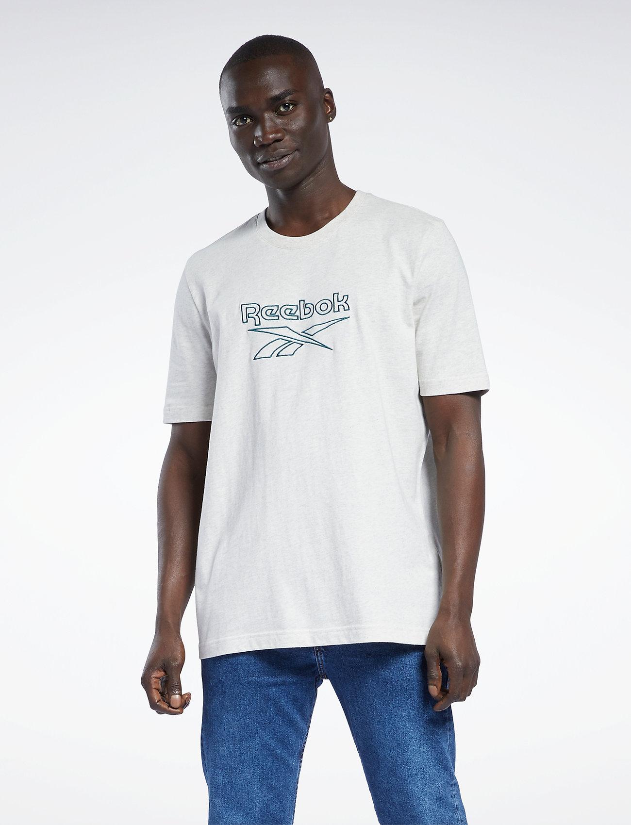 Reebok Classics - CL F VECTOR TEE - t-shirts - chamel - 0
