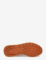 Reebok Classics - CL LTHR - chunky sneaker - white/gum - 5