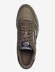 Reebok Classics - CL LTHR - laag sneakers - armygr/cblack/ftwwht - 3