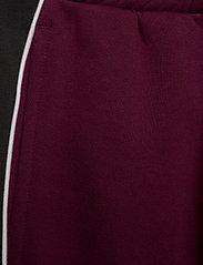 Reebok Classics - CL F LINEAR PANT - spodnie treningowe - maroon - 4